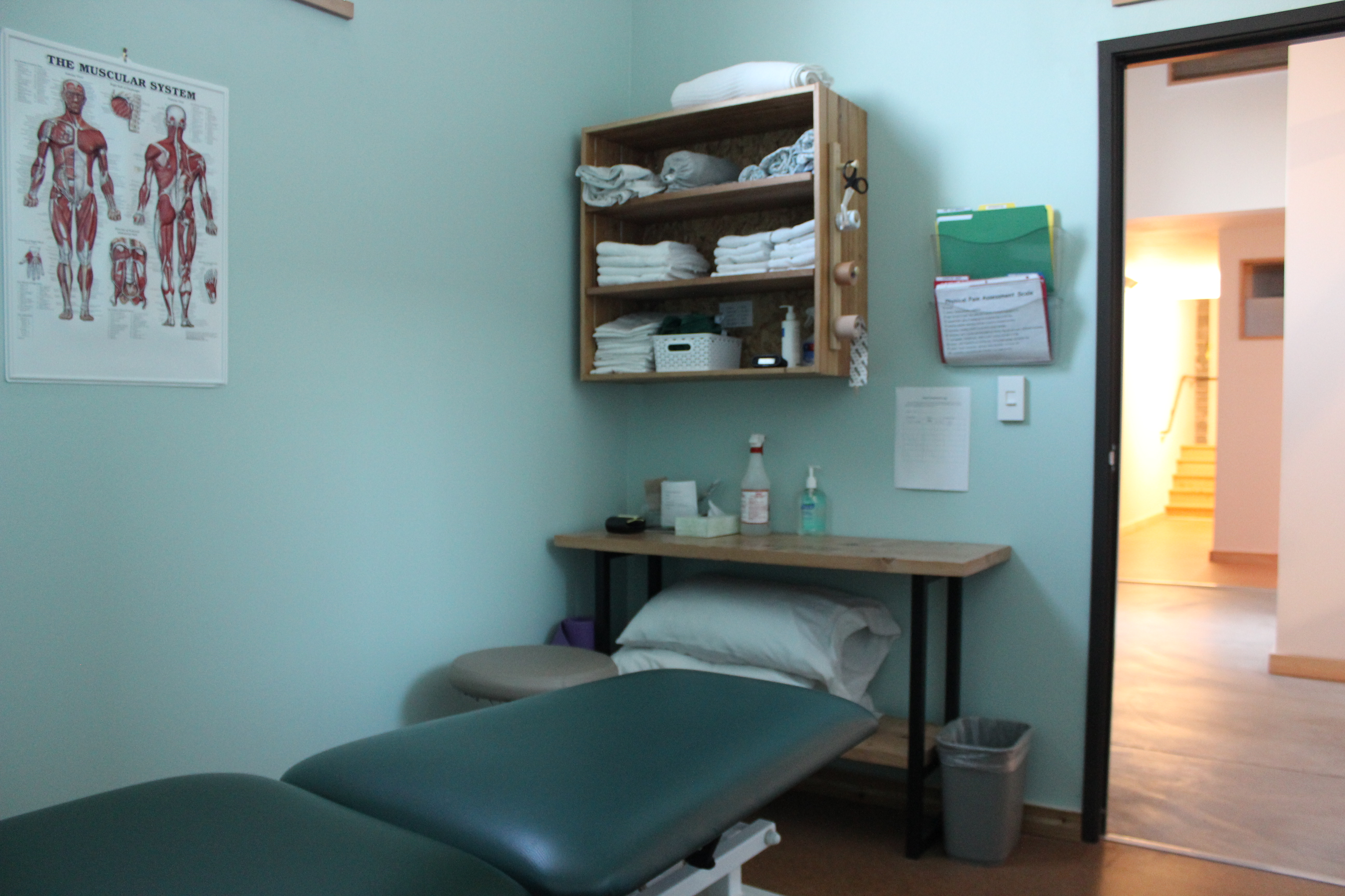 Previous home to Montavilla Sheet Metal reborn as New Heights Physical Therapy Plus